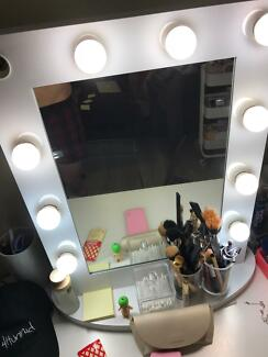 Vanity Mirror With Lights - Used