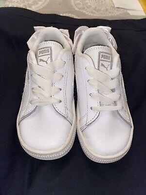 White Infant Puma Bow Size 8