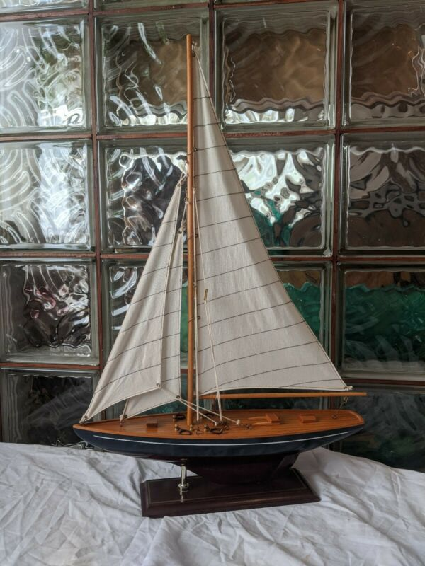NICE Vintage Wooden MODEL SAILBOAT yacht nautical ship mantle display-wood brass