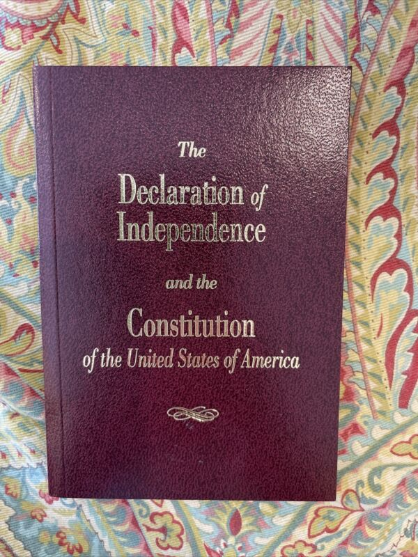 Pocket The Declaration Of Independence And Constitution United Stats Of America