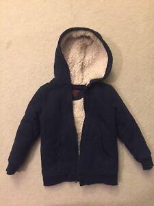 EUC Joe Fresh Sweater size 3, fits like size 2