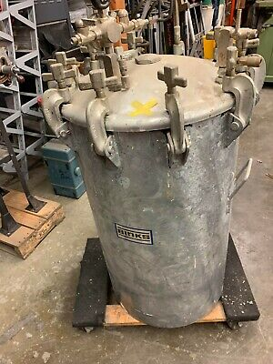 40 Gallon Binks 83-5301 Paint Pressure Tank Pot With Pressure Gage
