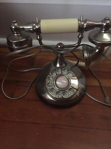 Vintage working phone