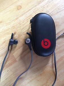 Brand New Beats Earbuds