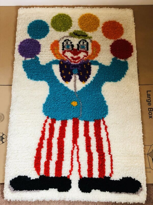 "Vintage Clown Latch Hook Rug Picture Wall Hanging ~ RARE ~ HUGE! ~ 42"" x 28"""