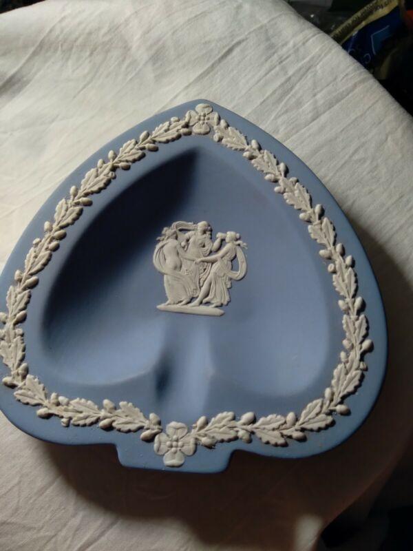 Wedgwood Blue Jasperware Heart Shaped Trinket Plate Pin Dish Three Ladies