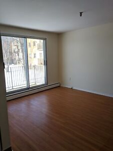 2 BEDROOM APT. ON DARTMOUTH WATERFRONT MAY 1ST
