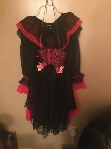 Seniorita costume