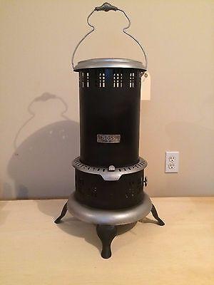 Antique Vintage BOSS No. 8 Black Kerosene Oil Heater Stove