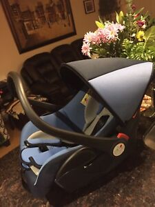 Baby car seat. 2.5 years