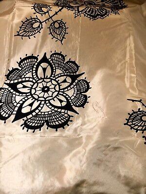 Carlucci by Chivasso, Designer Stoff, Taft mit geflockten Blüten
