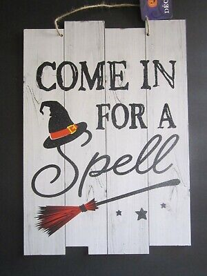Funny Signs For Halloween (