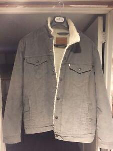 Levi's Sherpa Trucker Jacket (brand new)