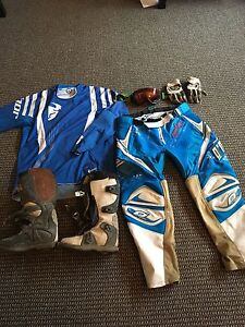 Women's dirt bike gear