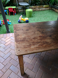 Free table!! Drummoyne Canada Bay Area Preview