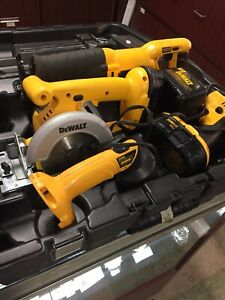 Dewalt Versa Pack 18v 4 piece kit
