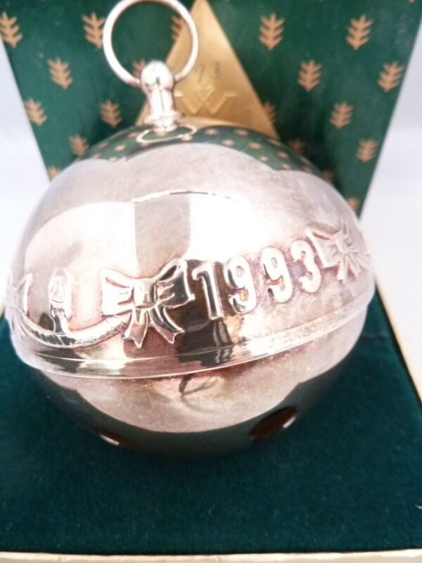 Wallace CHRISTMAS BELL Ornament 1993 MIB NO POUCH