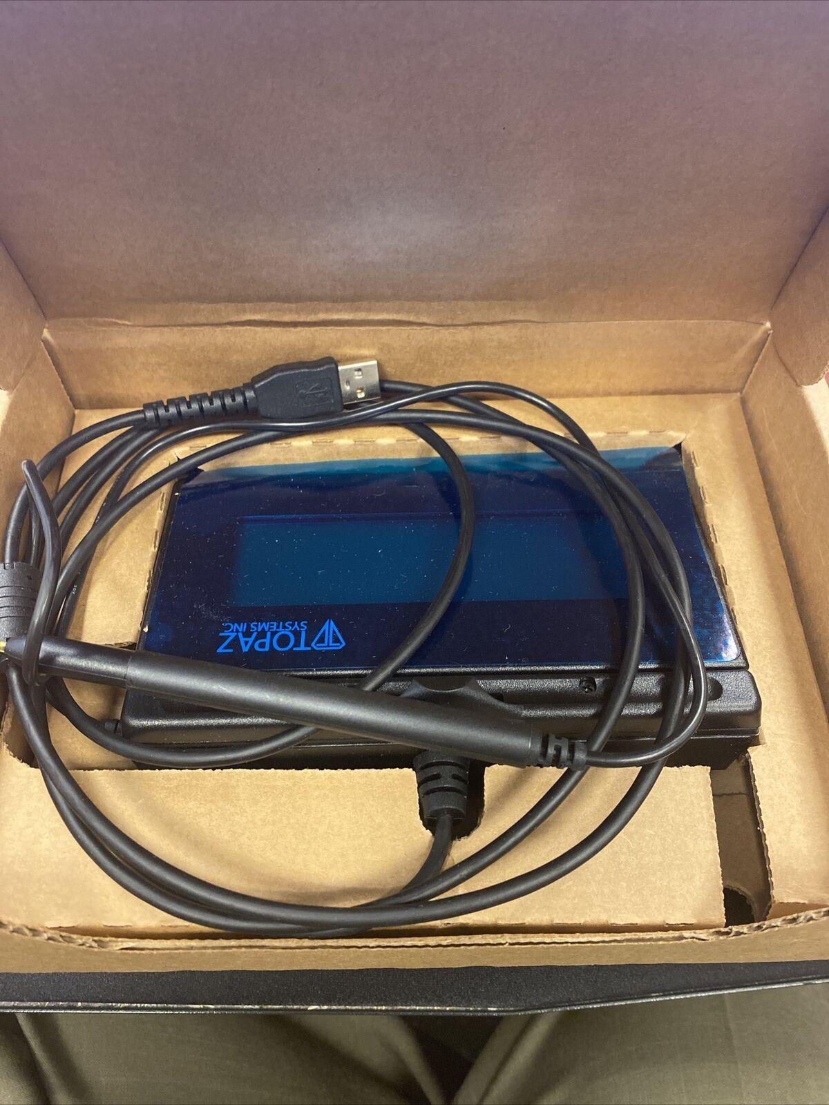 Topaz SignatureGem  TLBK462BSBR Backlit LCD Signature Capture Pad USB