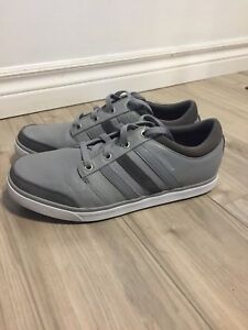 Adidas Spikeless Golf Shoes Size 9 - $50.00