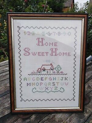 Pre-owned Embroidery Framed Sampler