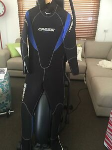 Winter dive wetsuit Blacksmiths Lake Macquarie Area Preview