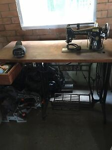 Singer Sewing Machine - Antique Newstead Brisbane North East Preview