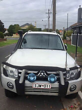 2009 Mitsubishi VR-X Pajero NT with lots of extras Strathmore Moonee Valley Preview