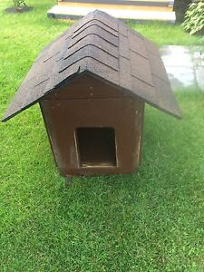 Fully Insulated Solid Dog house