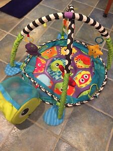 Play mat turtle / ball pit