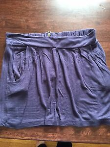 Skirt size small