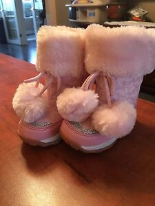 Baby boots, size 5.
