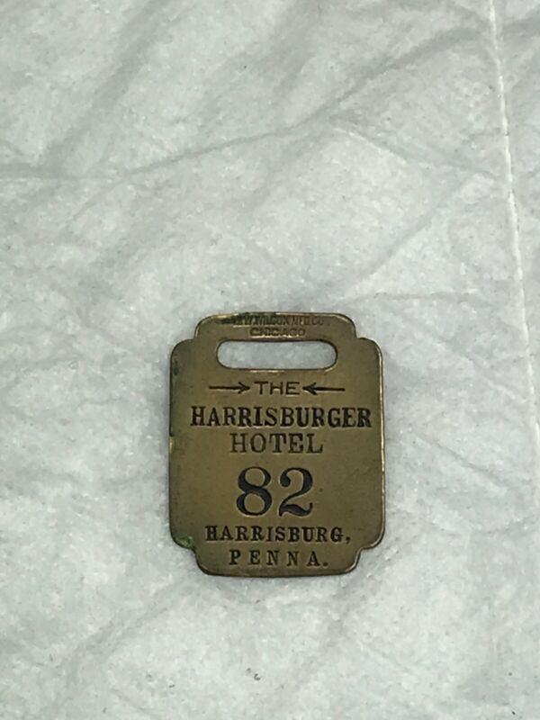 Vintage Harrisburger Hotel  Harrisburg Pa Key Chain Fob R(612)