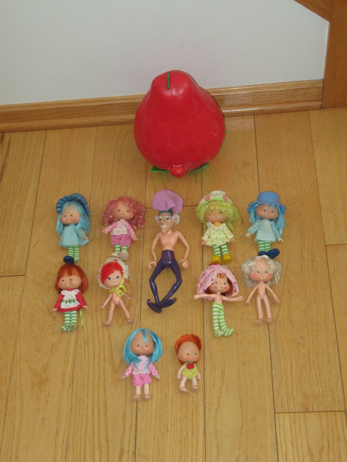 Vintage Strawberry Shortcake Doll Figure Lot Carry Case F46  - $29.99