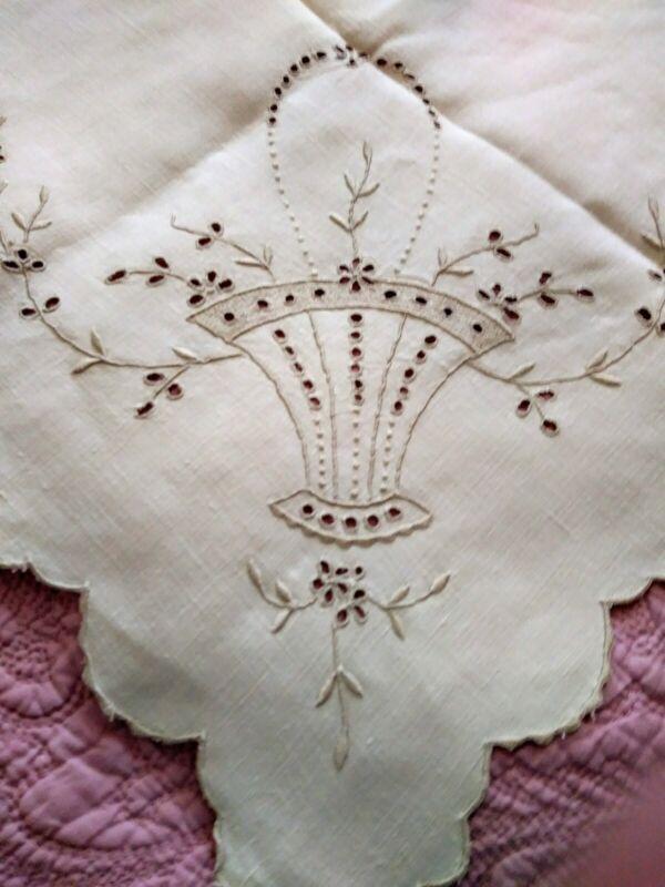 """Basket Design Cutwork & Embroidered Madeira Linen Tablecloth 42.5"""" x 41.5"""""""