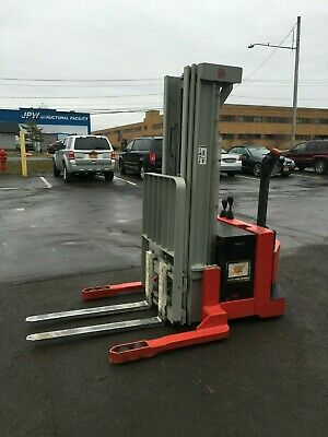 Raymond Walk Behind Elec. Forklift 4000lb Cap. 154 Lift Side Shift 24v Wchgr
