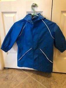 Mec raincoat - like new- child size 5- blue