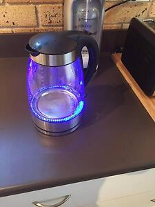 Near new cordless kettle Avalon Pittwater Area Preview