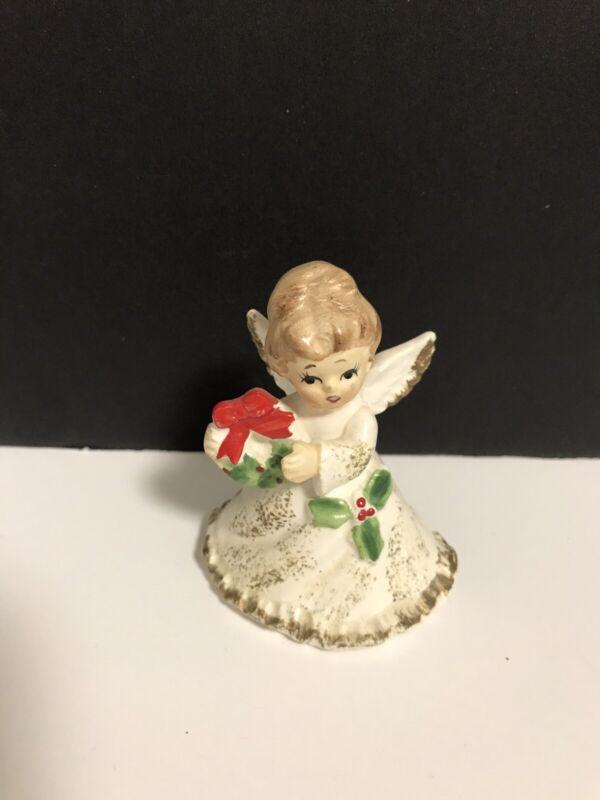 VINTAGE 1950s NAPCOWARE CHRISTMAS MINIATURE ANGEL HOLDING WREATH - JAPAN