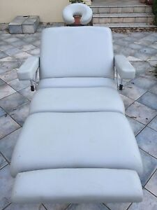Reflexology / massage table Galston Hornsby Area Preview