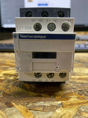 TELEMECANIQUE SQUARE D Electric Contactor LC1D09