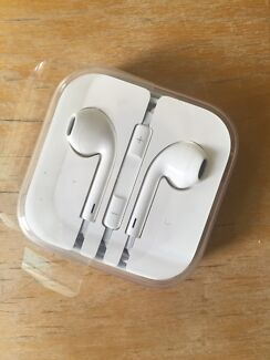 Apple EarPods headphones. Remote and mic Edgecliff Eastern Suburbs Preview