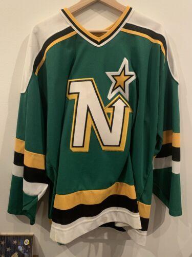 Minnesota Northstars Mike Modano Vintage NHL Hockey CCM Jersey Sz XL - $99.95