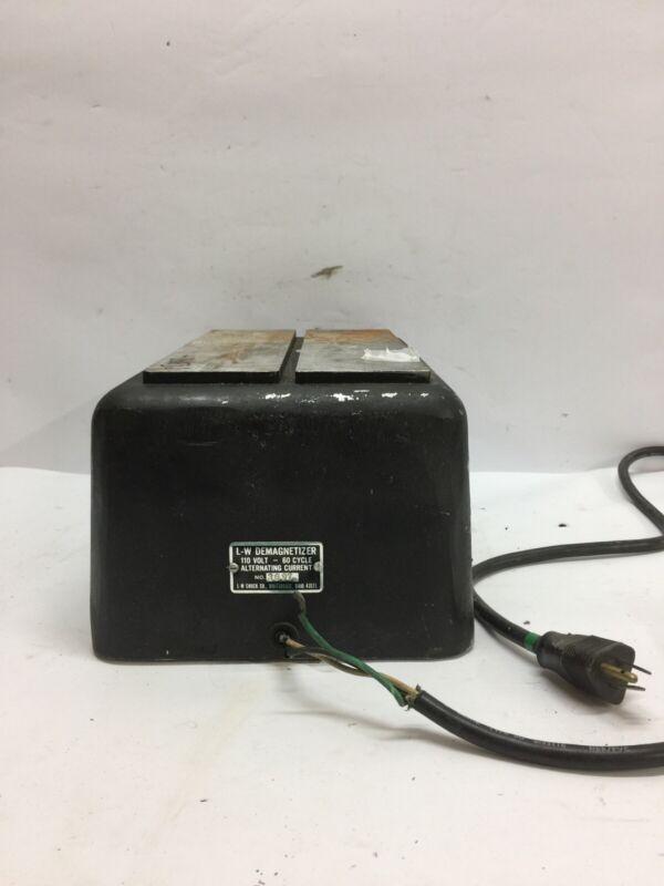 Demagnetizer 3697 L.W. Chuck 110 Volt - 60 Cycle Alternating Current