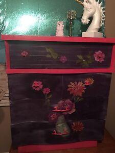 Dresser:storage