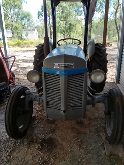 Ferguson Tractor with 4 Implements