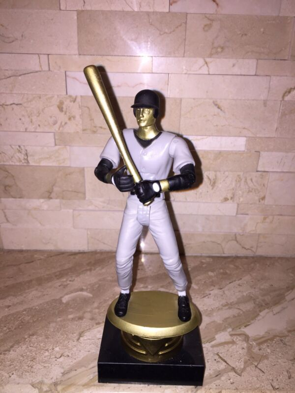 CROWN ARTICULATED BASEBALL PLAYER TROPHY