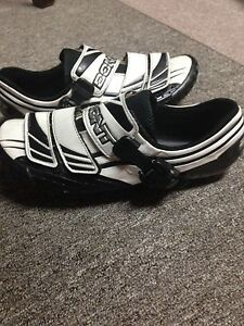 Bont A2 cycling shoes London Ontario image 1