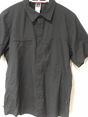 NWOT The North Face MENS S/S Zippered Pocket MEDIUM SHIRT