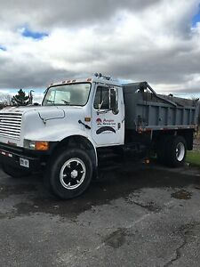 1991 International 4900 DT466 Dump Truck Kingston Kingston Area image 1