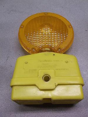 Flex-o-lite Construction Safety Barricade Signal Light 4237405 Free Shipping